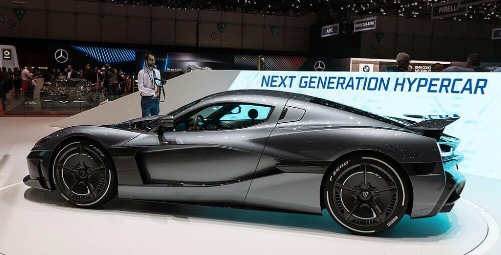 koop de nieuwste sport auto met gewonnen jackpot