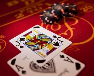Kaarten die samen een blackjack vormen