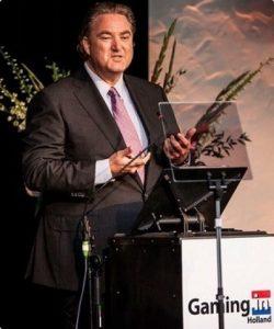 Nieuwe CEO Erwin van Lambaart lijkt het goed te doen