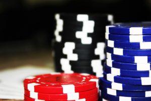 Tussen het gokken door een bank beroven: wel of niet slim?