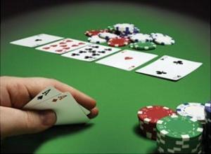 Online poker spelen kan in een poker room of casino